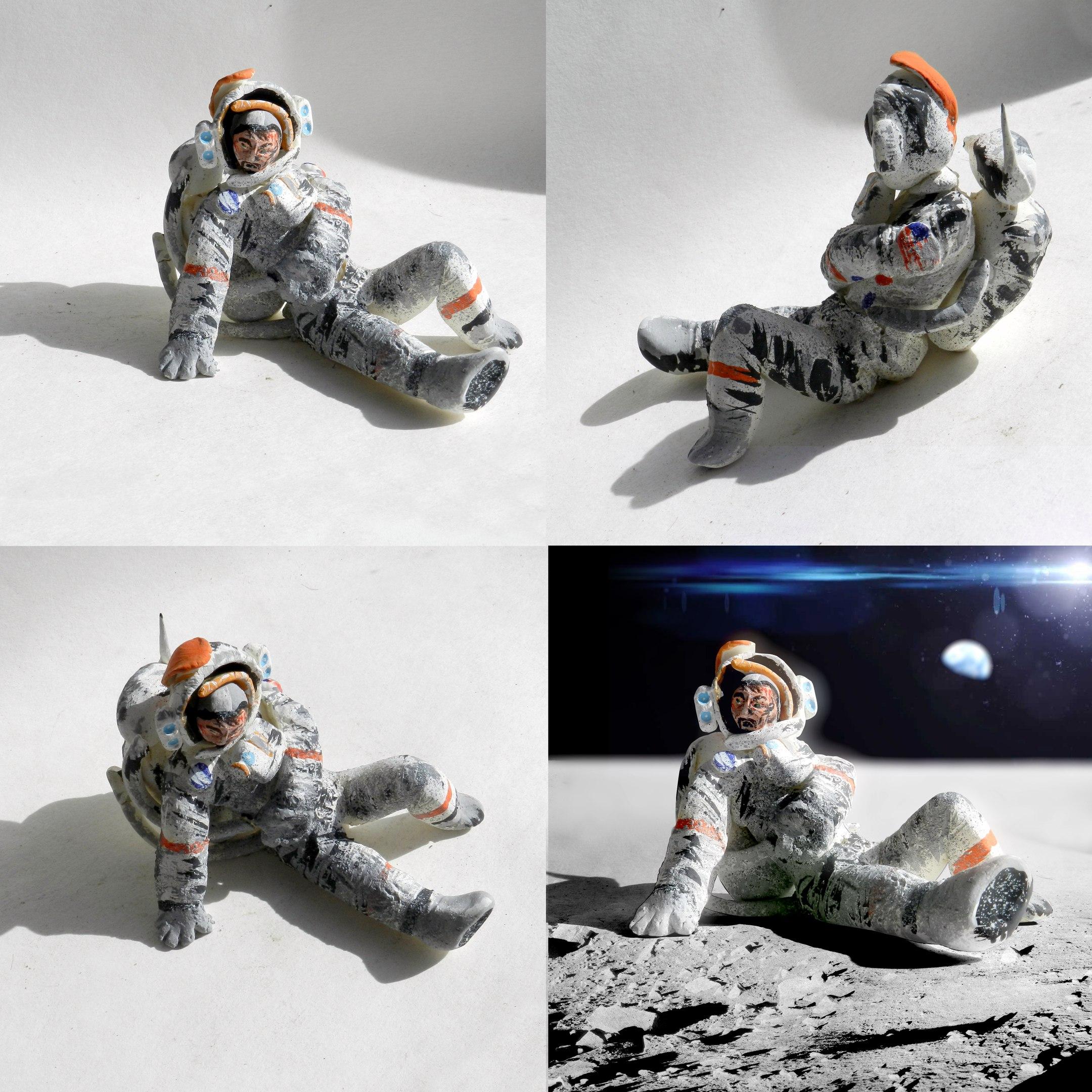"""Космонавт, герой комикса """"Лунная пыль"""". Глина, гуашь."""